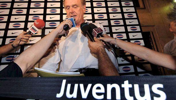 Juventuksen puheenjohtaja Giovanni Cobolli Gigli on viime aikoina ollut toimittajien ristitulessa.