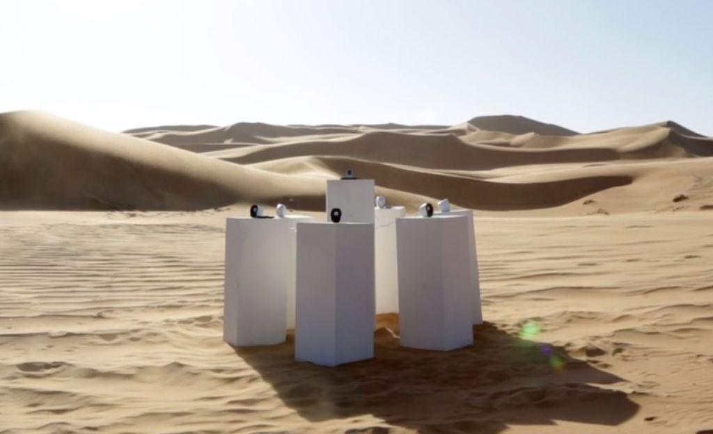 Muistatko Herttoniemenrannan mysteeriäänen? Vielä hämmentävämpi mysteeriääni soi Namibian aavikolla – se on Toton Africa, joka soi ikuisesti