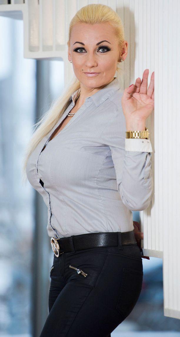 Marika Fingerroos aloittaa keväällä työt uudessa netti-tv:ssä.