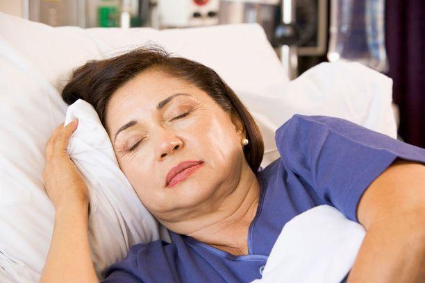 Vaimon vakava sairaus lisää avioeron riskiä.