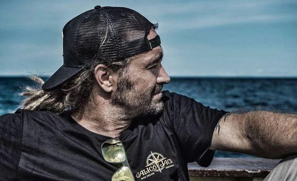 Mikko Paasi pyörittää Thaimaassa sukelluskoulua. Kuvituskuva.