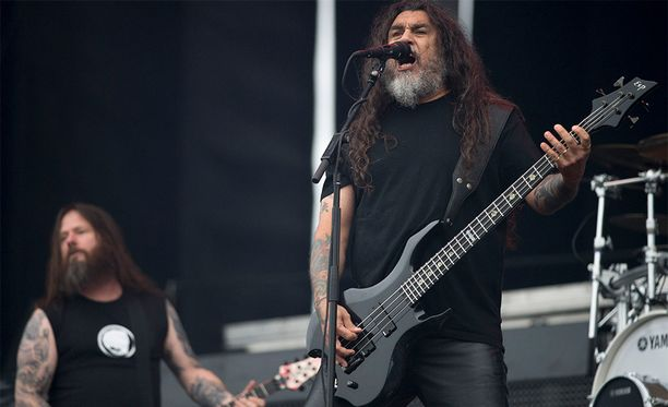 Slayer keikkaili usein myös Suomessa. Tässä bändi keikkailee vuonna 2014 Helsingissä.