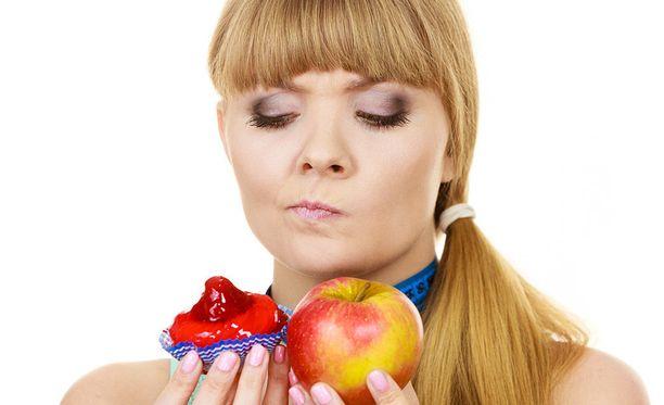 Omena on aina sokerista leivonnaista terveellisempi valinta.
