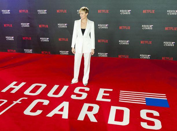 Pääseekö Robin Wrightin näyttelemä Claire Underwood entistä voimakkaampaan valokeilaan sarjan viimeisellä tuotantokaudella?
