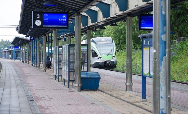 Nuori nainen raiskattiin lähellä Tapanilan juna-asemaa maaliskuussa.