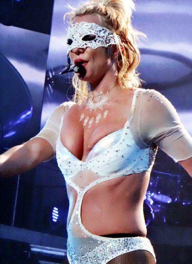 Britney Spears on pitänyt itsensä hyvässä kunnossa.