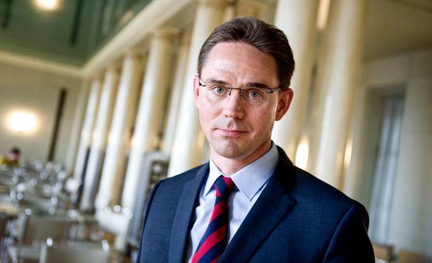Pääministeri Jyrki Kataisen täytyisi saada talouskasvua valtion talouden tasapainotuksen avuksi.