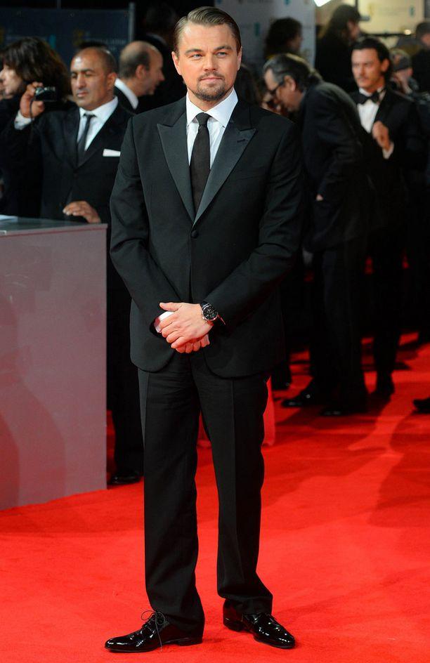 DiCaprio teki läpimurtonsa Titanic-menestyselokuvassa. DiCaprio on saanut Oscar-ehdokkuuden viisi kertaa.