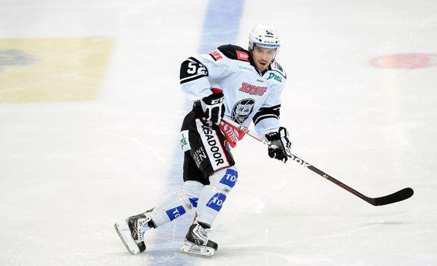 Camilo Miettinen siirtyy Ruotsin toiseksi korkeimmalle sarjatasolle.