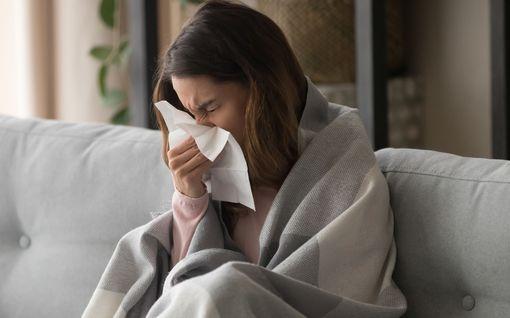 Epäiletkö koronavirustartuntaa? Toimi näin