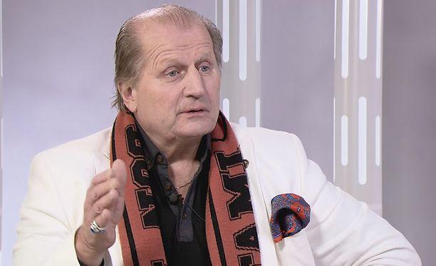 Juhani Tamminen ei katso hyvällä MTV:n miesten toimintaa.
