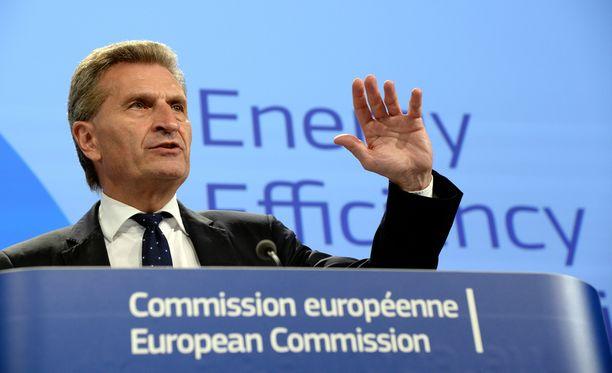 EU:n budjettikomissaari Oettinger.