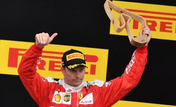 Kimi Räikkönen juhli palkintopallilla Itävallassa, mutta tallin keskittyminen siirtyy vähitellen tulevien autojen kehittämiseen.