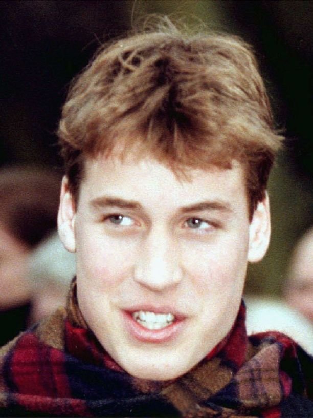 Vuonna 1998 prinssin tukkatyyli koki muutoksen.