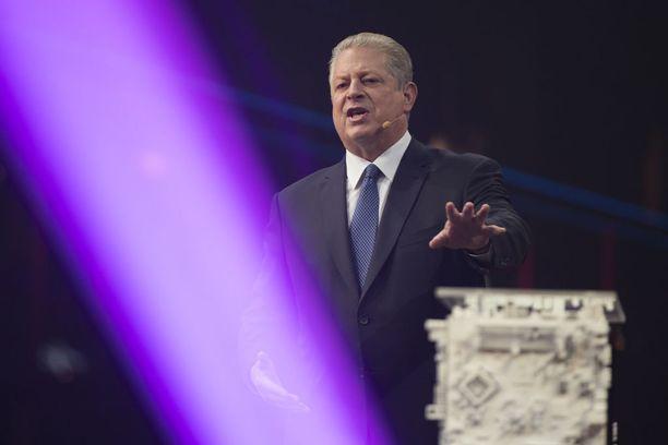 Al Gore ilmoitti rekrytoivansa Slush-yleisön ilmastonmuutoksen vastaiseen taisteluun.