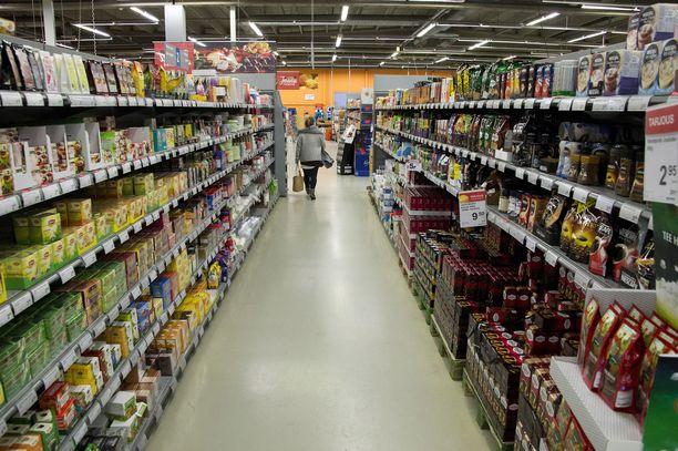 Tuotteen myyntiin voi merkittävästikin vaikuttaa, miten tavarat on kaupassa sijoiteltu. Kuva Nekalan Suurjaosta