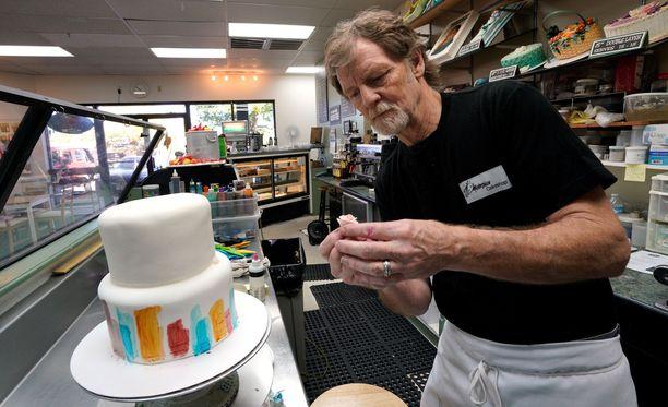 Leipuri Jack Phillips pitää kakkujaan taideteoksina, joka takaa hänen mielestään hänelle perustuslain mukaisen ilmaisunvapauden.