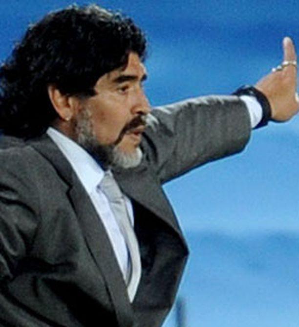 Diego Maradonan Argentiina kohtaa seuraavassa ottelussa Etelä-Korean.