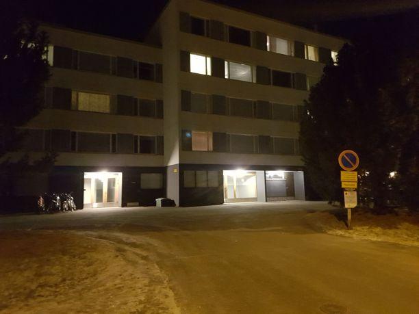 Epäilty murha tapahtui Takahuhdin kaupunginosassa Tampereella.