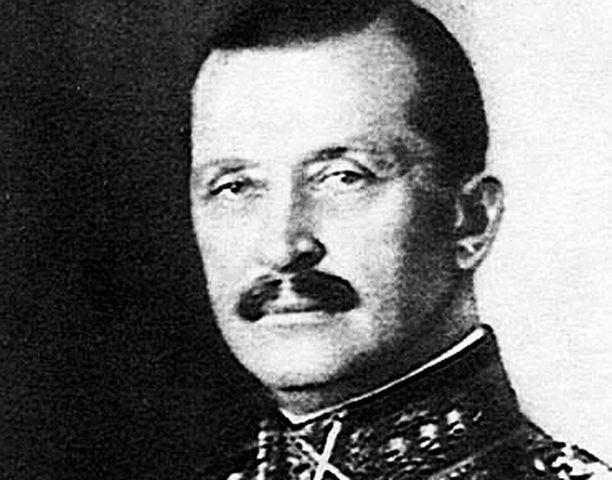 Suomi otti Neuvostoliiton hyökkäyksen 30.11.1939 vastaan Mannerheimin johdolla yksimielisenä.