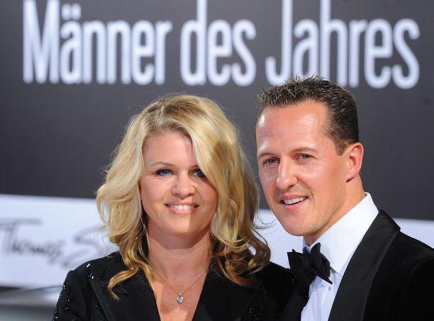 Corinna Schumacher haluaa pysyä vaitonaisena Michael Schumacherin terveydentilasta myös jatkossa.