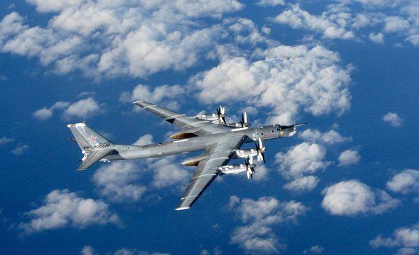 Venäläisiä pommikoneita on tavattu kansainvälisessä ilmatilassa.