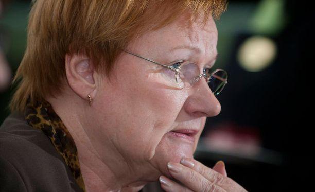 Presidentti Halonen totuttelee nyt elämään ilman kissaa. Miska- ja Rontti-kissat menehtyivät vuoden välein.