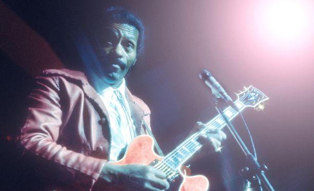 Chuck Berry oli rockmusiikin keskeisiä kehittäjiä, ja hänen vuonna 1958 tekemänsä Johnny B. Goode on yksi historian tunnetuimmista rock-kappaleista.