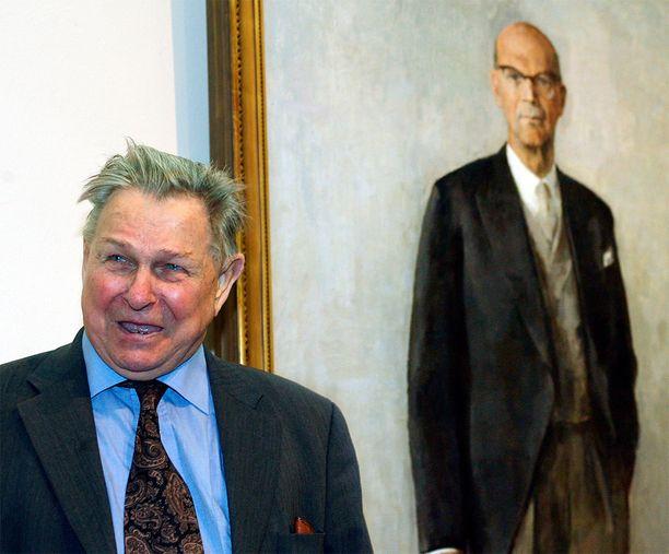 Tapani Raittila maalaisi muotokuvan muun muassa presidentti Urho Kekkosesta.