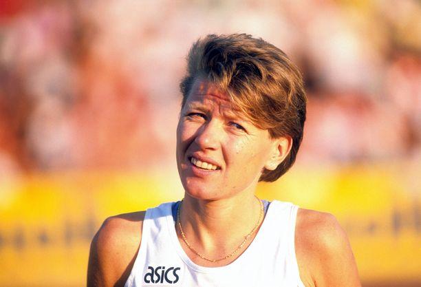 Ingrid Kristiansen kritisoi viime päivien maailmanennätysaikoja. Kuva vuodela 1989.