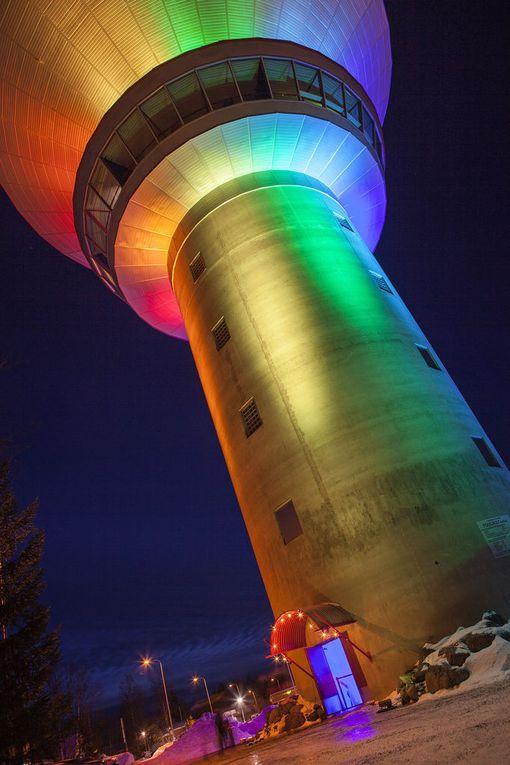 Kuusamon vesitornikin valaistaan festivaalin ajaksi.