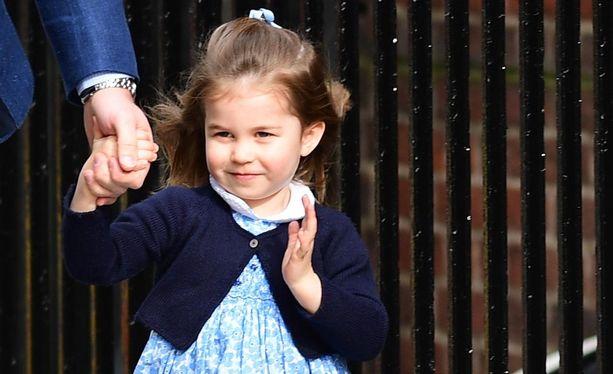 Prinsessa Charlotte täyttää tänään kolme vuotta.