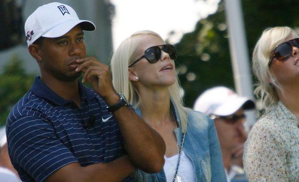 Tiger Woods ja Elin Nordegren olivat naimisissa 2004-2010. Ex-pariskunnalla on kaksi lasta.