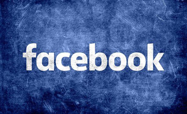 Facebook poisti ennätysmäärän valetilejä.
