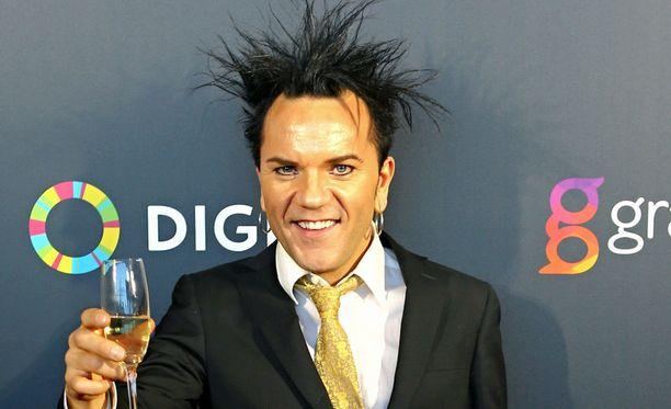 Jussi 69 muistetaan myös Idolsin seitsemännen tuotantokauden tuomarina.