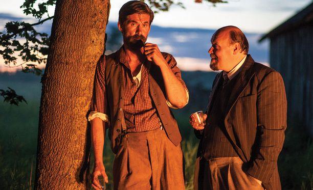 Tommi Korpela teki kiitellyn roolityön Ikitiessä. Mukana myös Hannu-Pekka Björkman.