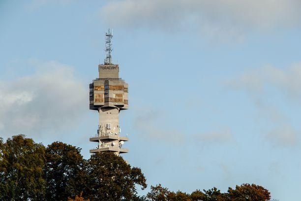 Keskeisellä paikalla sijaitseva torni on Tukholman maamerkki.