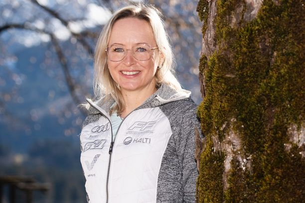 Riitta-Liisa Roponen on toista kertaa urallaan MM-kisareissulla Alppien pohjoisreunalla.