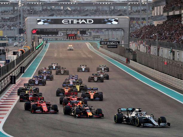 F1-kausi alkaa Itävallasta, tosin ilman paikalla olevaa yleisöä.