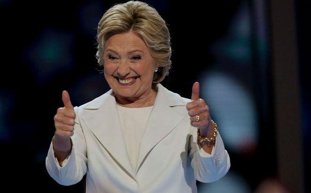 Hillary Clinton juhli merkkipäiväänsä hillitysti.