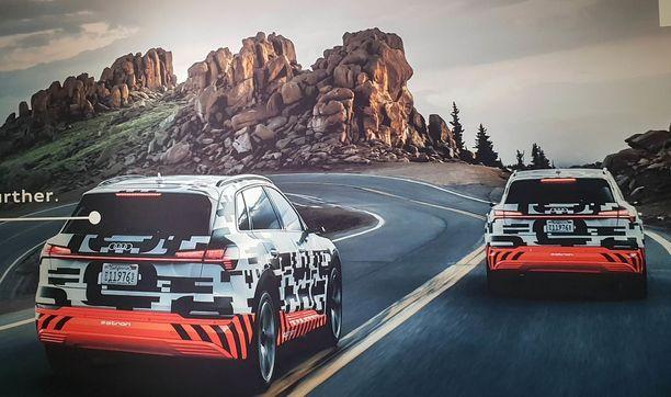Audi-uutuus on ollut esillä ns. konseptiversiona, jonka muodot on vielä naamioitu.