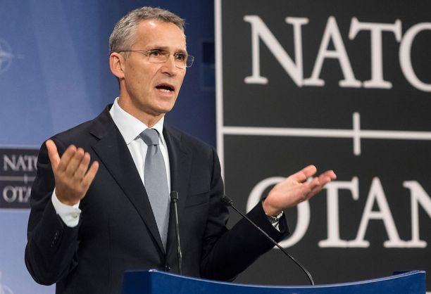 Nato ei pidää Venäjää uhkana, vakuuttaa pääsihteeri Stoltenberg.