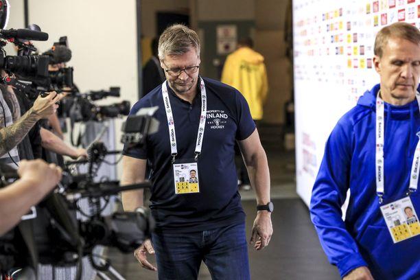 Jukka Jalosen täytyy valmistaa joukkonsa toiseen huippukovaan peliin.