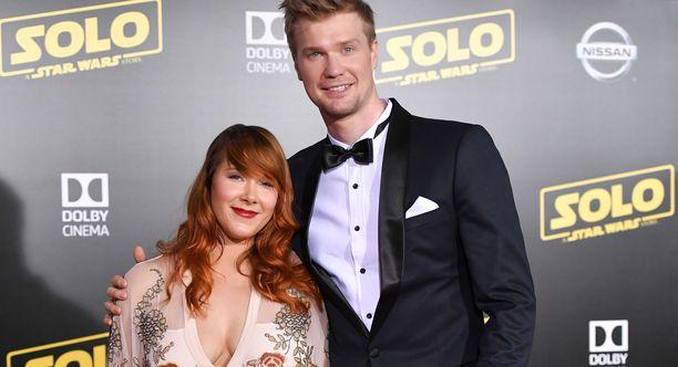 Milla Pohjasvaara ja Joonas Suotamo avioituivat kesällä 2018. Kuva toukokuulta.