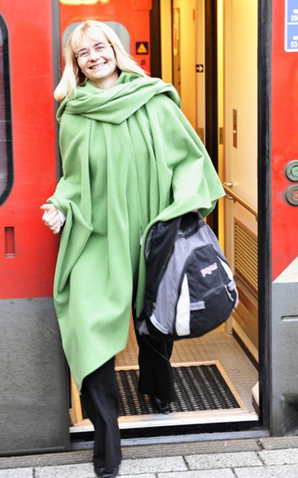 Kun kansanedustaja Janina Andersson saapui Helsinkiin itsenäisyyspäivänä noin kello 13, glamour oli vielä kaukana.