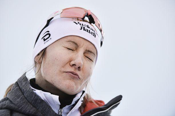 Katri Lylynperä keskeyttää Tour de Skin etapin 4/8 jälkeen.