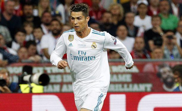 Cristiano Ronaldon siirtoa Juventukseen pidetään jo salettina.