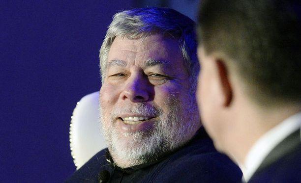 Steve Wozniak perusti Applen Steve Jobsin kanssa vuonna 1976.