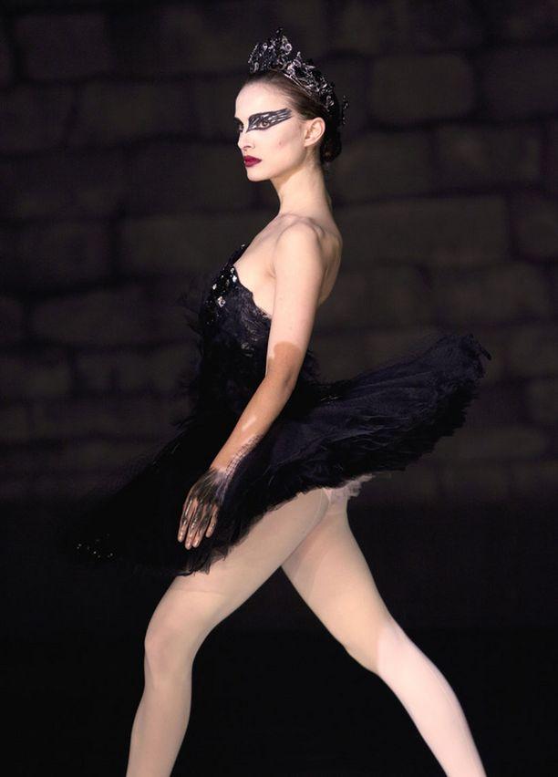 Natalie Portman näytteli pääosaa Black Swan -elokuvassa.