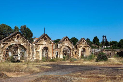 Kaivoksen toiminta lakkasi noin 50 vuotta sitten.